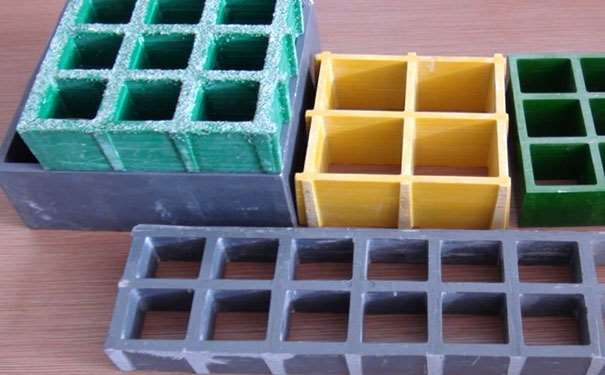 玻璃钢格栅与土工格栅