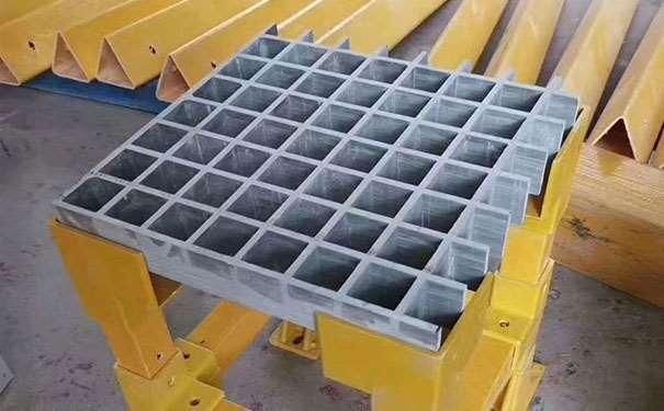 嘉兴玻璃钢格栅防滑板
